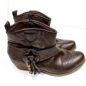 BIG BUDDAH BB West Ankle Booties